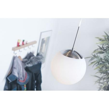 Stylowa Lampa wisząca szklana kula Cafe 20 Biała Nordlux nad wyspę do kuchni.
