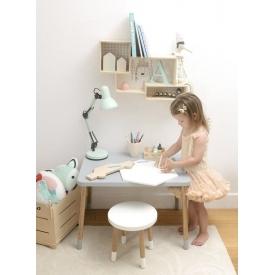 Stylowa Mosiężna lampa biurkowa Mesh Brilliant na biurko. Kolor mosiądz, Styl retro.