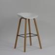 Balkonowe Krzesło Skin Black z tworzywa Resol. Kolor biały, czekoladowy, szary, czarny, Styl nowoczesny.