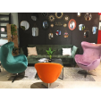 Tapicerowane krzesło Jeff Maduu Studio do jadalni. Kolor: brązowy, stelaż/podstawa metalowa. Styl nowoczesny, w cenie 749,00 PLN