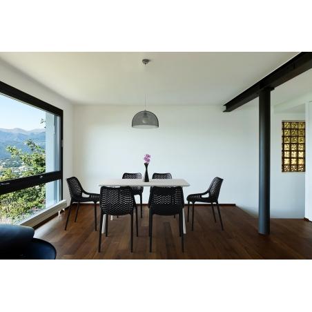 Designerskie Krzesło ażurowe z tworzywa Air Czarne Siesta do kuchni i jadalni.