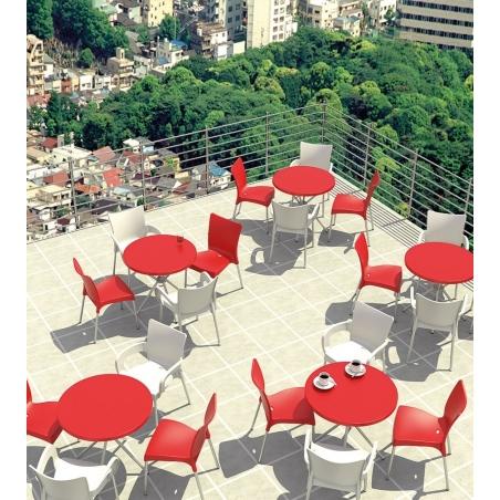 Stylowe Krzesło ogrodowe z podłokietnikami Romeo Armchair Czerwone Siesta na taras i do restuaracji.