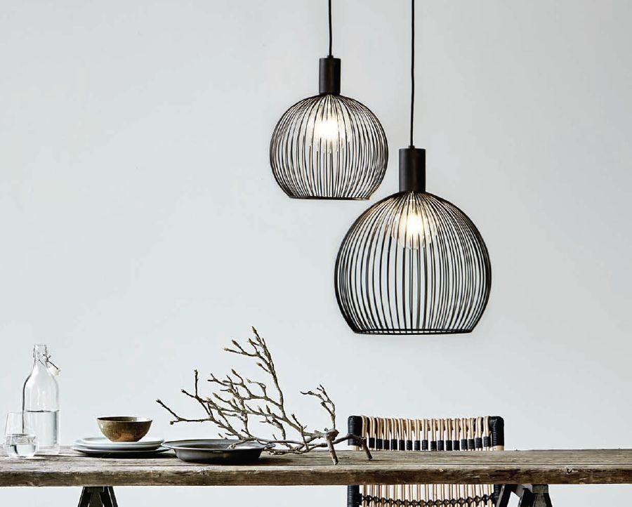Lampy druciane Aver w kształcie kuli.