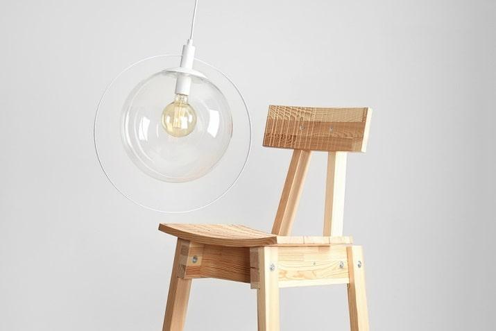 Elegancka szklana lampa wisząca kula Aura przezroczysto-biała do salonu